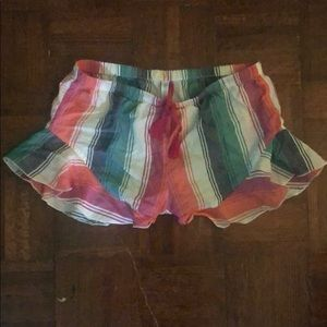 Loose patterned shorts